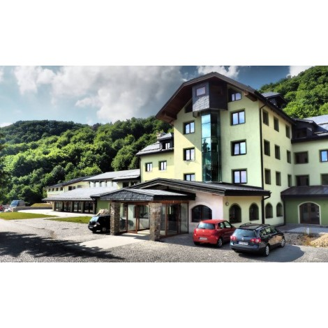 Hotel Karpatia - Vršatec